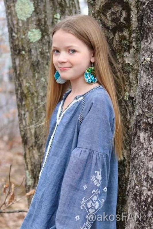 Round fabric earrings in green fabric print